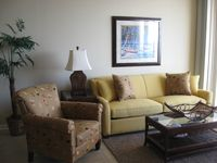 Beautiful 1 BR W/Bunks GULF FRONT Master BR & Living Room