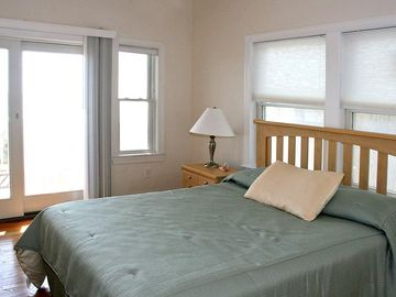 Oceanfront House for rent on Long Beach Island For Prom Guest Bedroom