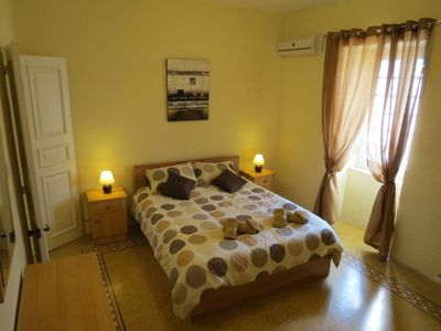 Sliema apartment rental - Flat Seven Main Bed room