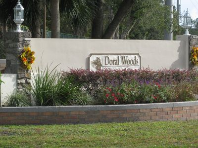 Entrance to Doral Woods