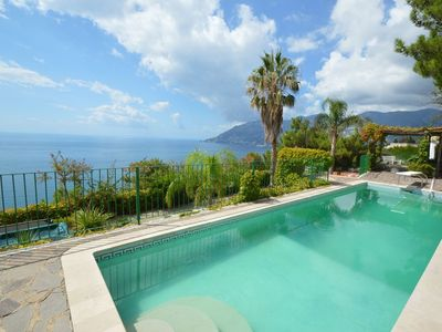 A dip in the Amalfi Coast, panoramic villa between Vietri and Maiori