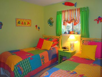 Folly Field villa rental - Great kids BR w/2 twin beds with 26' HDTV, Ipod station, Game cube and Full Bath