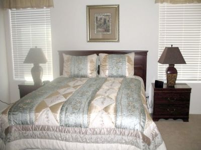 Elegant Master Bedroom w/Queen Bed, Cherry Furniture, Private Bath