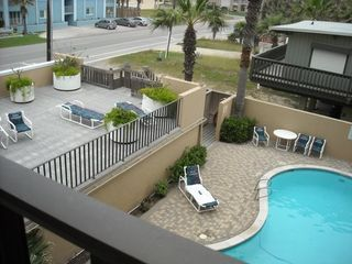 South Padre Island condo photo - Heated pool and sundeck from north balcony