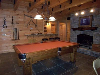 Game Room Lower Level Wet Bar & Gas Log Fireplace