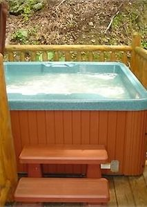 After a long day of shopping or at Dollywood..relax in the hot tub.
