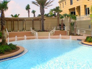 Perdido Key condo photo - Zero Entry portion of 5,700 Sq.Ft.Pool! Kids LOVE this area!