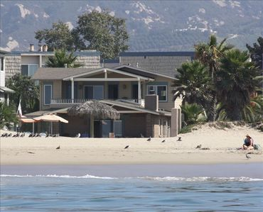 Right on the Sand, 4 Bedroom Beach House!