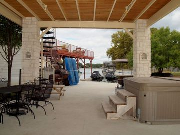 Lower Patio with Hot Tub, Outdoor Kitchen and BBQ Pit