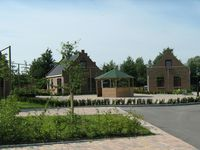 An attractive holiday home for 6 persons in a small park with plenty of facilities