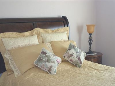 Page house rental - Guest Bedroom with Queen Bed