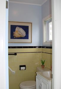 Hampton Beach condo rental - bathroom