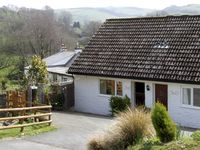 THE PLOUGH, pet friendly, with a garden in Berrynarbor, Ref 3856