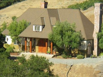 San Luis Obispo chateau / country house rental - Secluded Tudor Style living