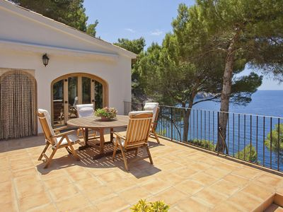Villa with sea and mountains views frontline