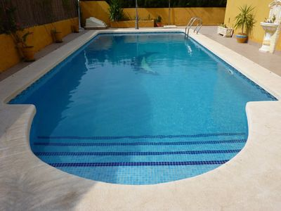 Detached VILLA with LARGE PRIVATE POOL, Superb Location, 3 bed 2 baths