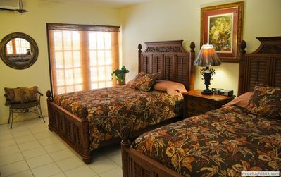 Double Bedroom with pool porch