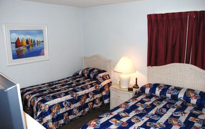 Cute Second Bedroom with Twin & Full Beds & Flat Screen TV/DVD
