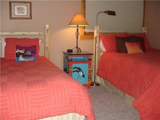 Taos Ski Valley condo photo - Guest bed room