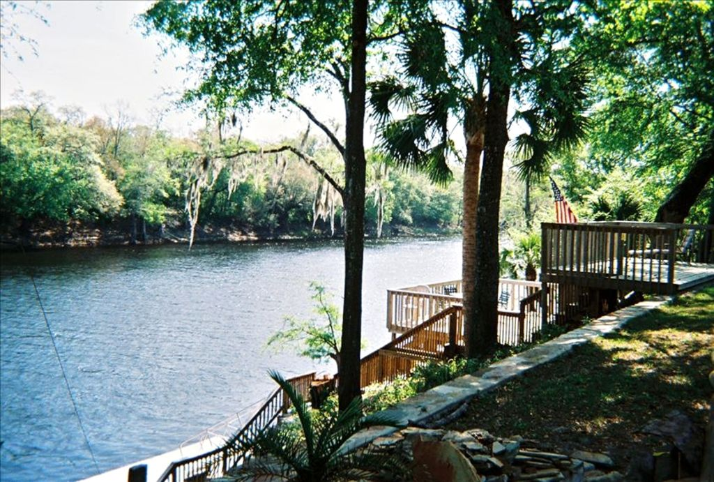 Suwannee River Vacation Rental 'Do-Less'...