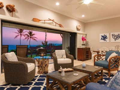 Hale Awapuhi Villa 1B--oceanfront- only steps to salt water pool and beach