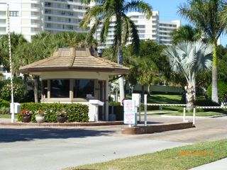 South Seas Club condo photo - Enterance to South Seas complex
