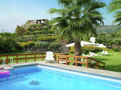 Cozy apartment on large property with swimming pool, near Etna