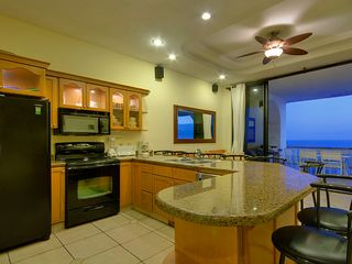 Rosarito Beach condo photo - Kitchen