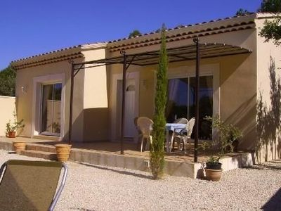 A sunny villa in the heart of Provence