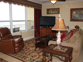 Fort Walton Beach condo photo - Large windows look out to Gulf