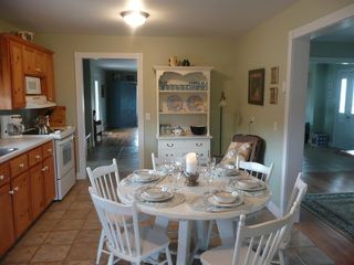 Kildare Capes house photo - Eat in kitchen...fully equipped