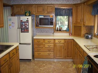Lyman Lake house photo - Full modern kitchen. All utensils supplied