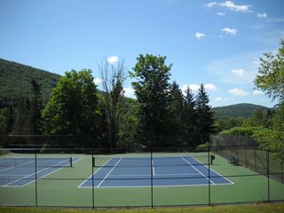 Belleayre Mountain chalet photo - Newly re-surfaced tennis courts - a 5 minute walk from the house.