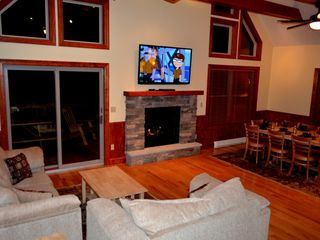Lake Harmony chalet photo - Great Room with see through Fireplace