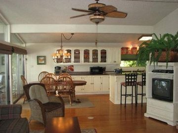 Cherokee Village house rental - Greatroom-incredible Panoramic Lake Views!