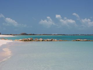 Providenciales - Provo cottage photo - Nearby Grace Bay beach