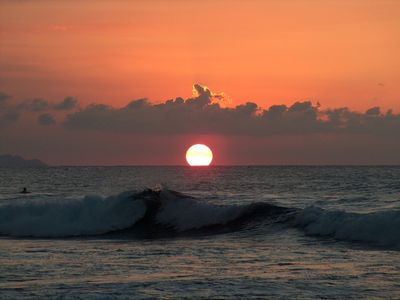Warm Waters, Big Waves, Beautiful Sunsets !