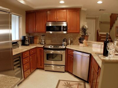 Gourmet Kitchen with Everyhing you Need- including a Wine Cooler