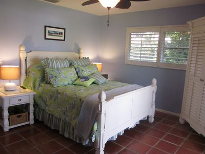 Anna Maria house rental - Queen Bedroom - Private Balcony View of the Waterfront - 32 in Flat Screen TV
