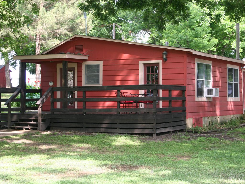 cute cabin on beautiful 2 5 acres along the vrbo