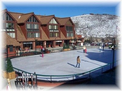 Gorgeous skating rink on property!