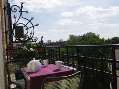 Exceptional outstanding flat Paris 17th with balcony overlooking on garden, sunny, quiet ,  air conditioning.