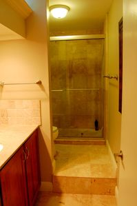 Coral Gables townhome rental - Large vanity and marble shower in upstairs hall bath