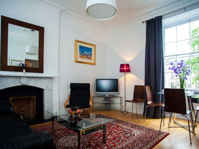 Great apartment for individual or couple in lovely area close to city centre
