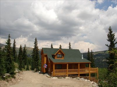 Private Setting, Backs To National Forest, And Only 14 Miles from Breckenridge!