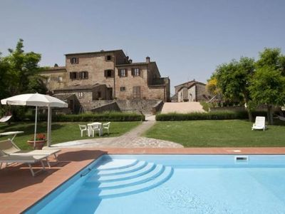 <b>One Bedroom Ground Floor Apartment Cortona</b><br /><br /><b>Isolde M is a pretty apartment in a typical Tuscan farmhouse </b>