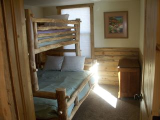 Estes Park cabin photo - 2nd Bedroom twin over full bunk bed in large cabin