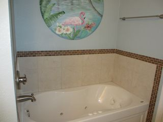 Virginia Beach house photo - Master Bathroom Jetted Tub