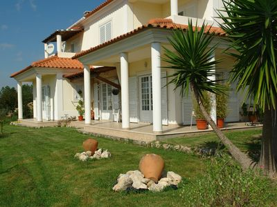Lovely villa with garden for up to 8 people