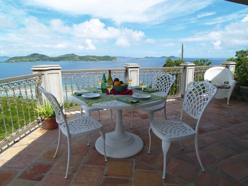 Enjoy the cool tradewinds while taking breakfast on the front terrace.